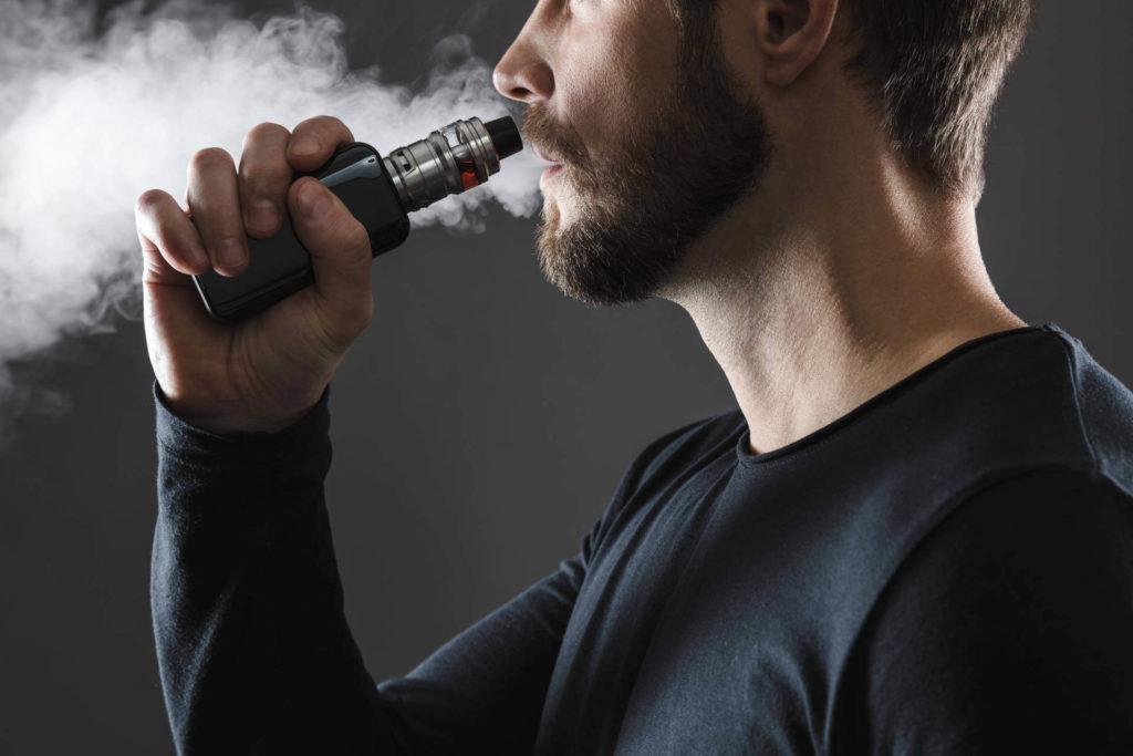 Die richtige Zugtechnik bei der E-Zigarette