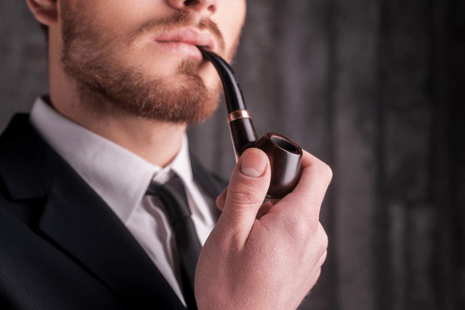 Tabak-Pfeifen vs. E-Pfeifen - der stilvolle Klassiker